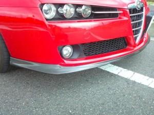 アルファ159カーボンフロントスポイラー(松戸さん装着例)